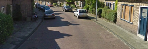 De straat vóór herbestrating (bron: Google)